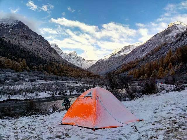 成都租帐篷 成都帐篷出租 成都哪儿可以租帐篷 成都哪里可以租帐篷 户外露营帐篷出租